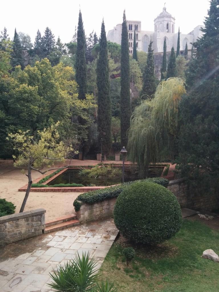 girone jardin game