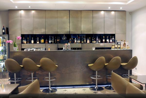 Le bar du Domaine de Verchant